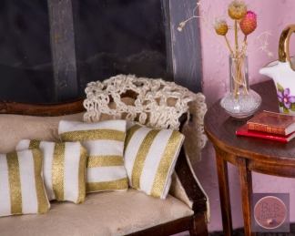 Miniature Pillows Modern gold stripe-2056