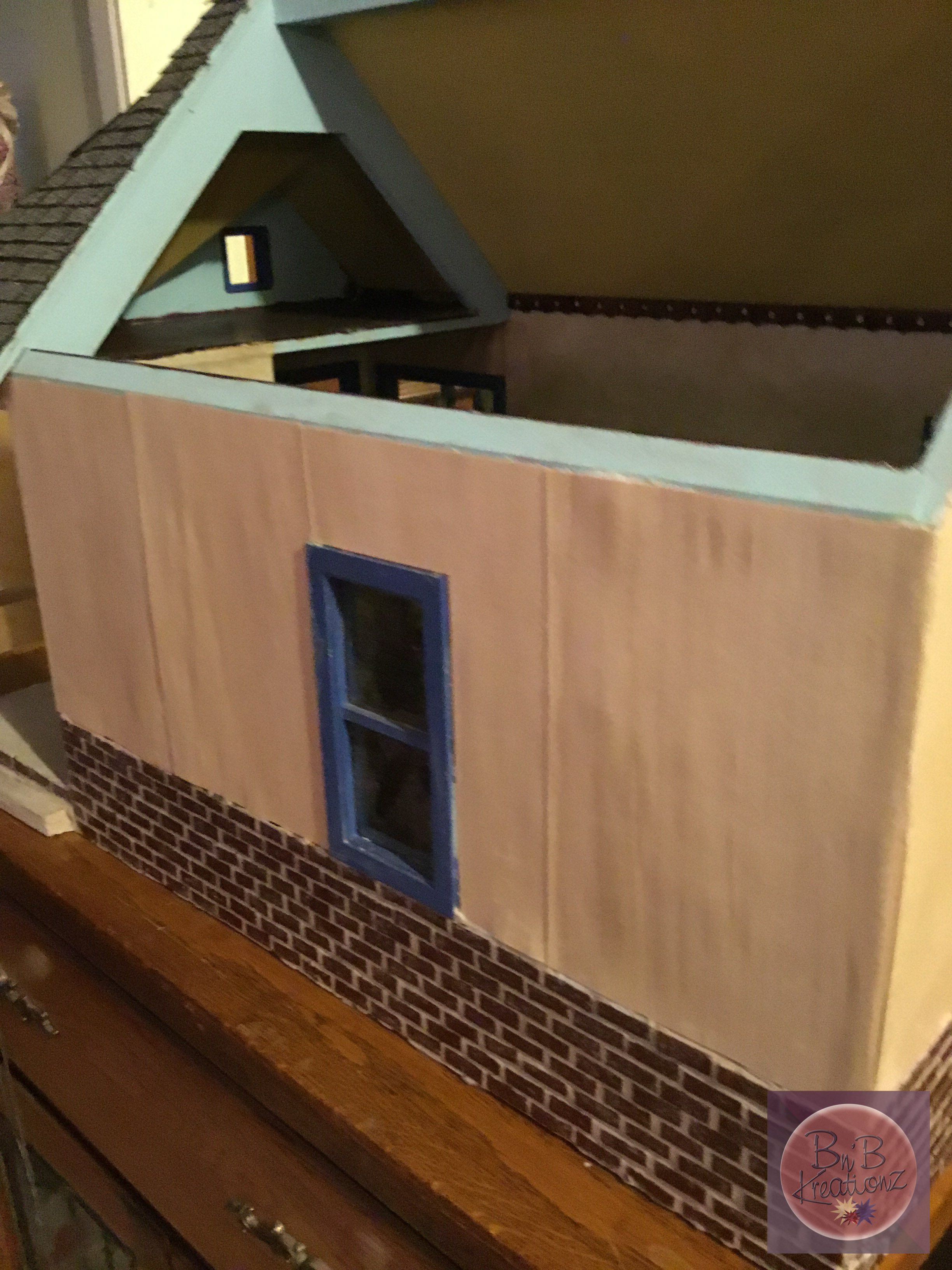 Siding on the 2018 Creating Contest house from Hobby Builders Supply/Miniatures.com